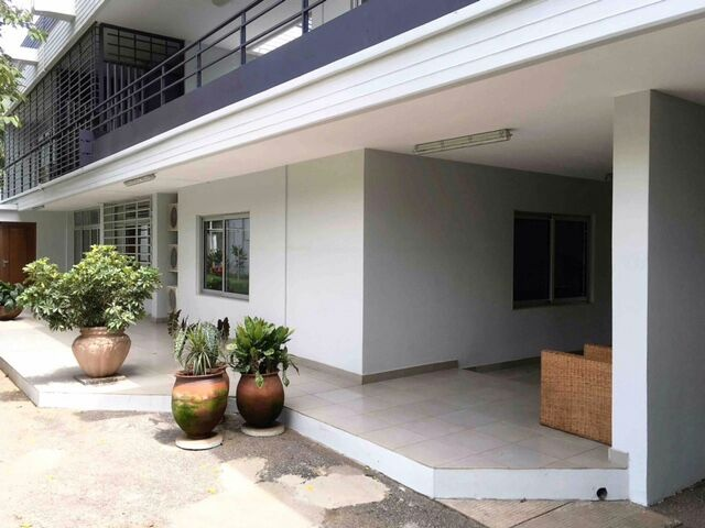 5 Bed House,  Airport ,