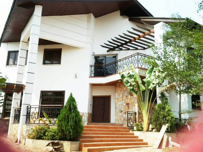 5 Bed House,  Pokuase,