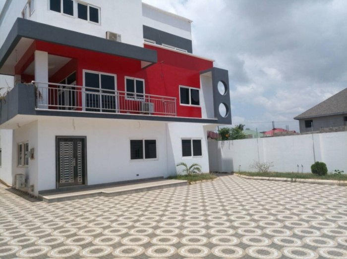 4 Bed House,  Adjiringanor,