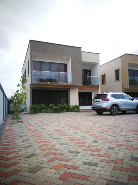4 Bed House,  Oyarifa,