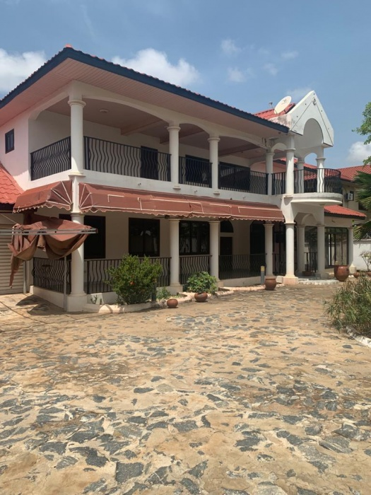 5 Bed House ,  Spintex,