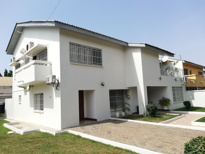4 Bed House ,  Cantonments ,