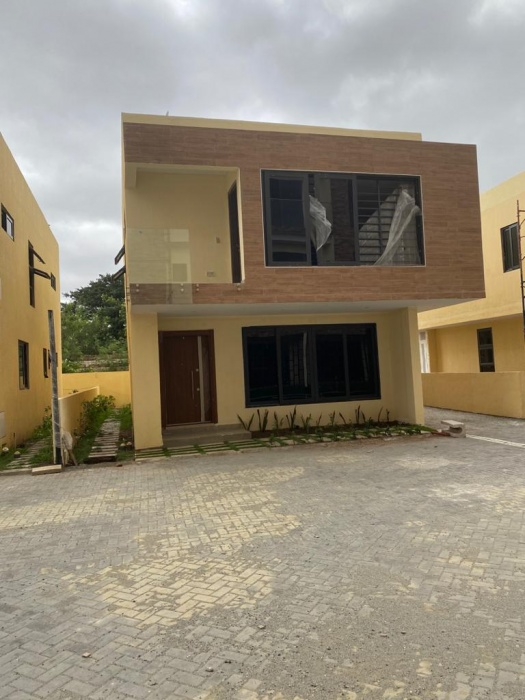 3 Bed House ,  East Legon ,
