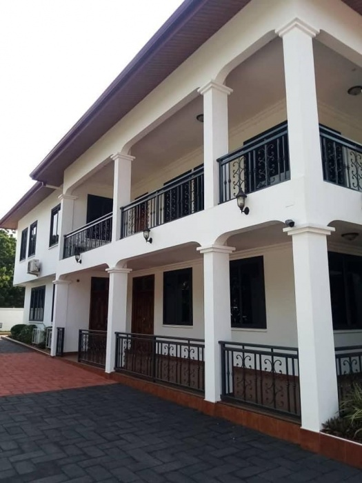 6 Bed House,  Cantonments,