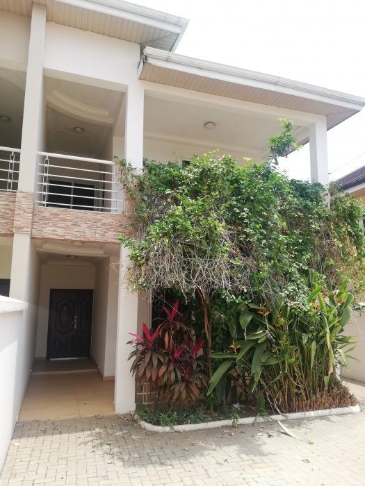 3 Bed House,  Adjiringanor,