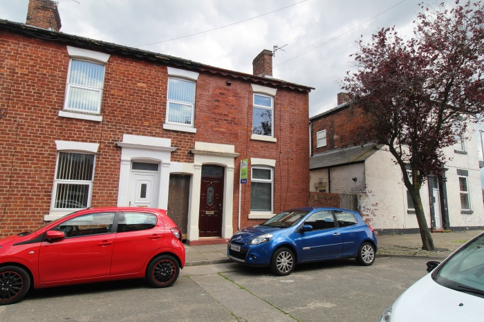 4,  Henderson Street,  Preston,  PR1 7XP