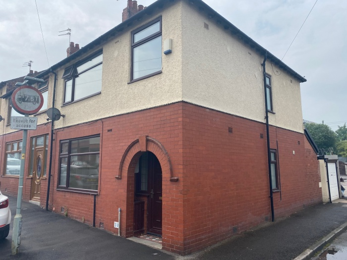 11,  Douglas Road North,  Preston,  PR2 3QH