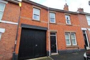 27,  Longford Street,  Derby  Strtoupper(de22 1gj).