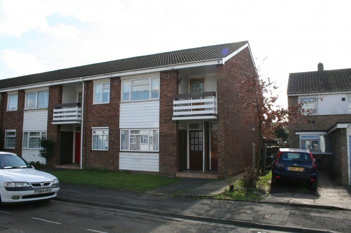 Mendip Close,  UB3 5LH