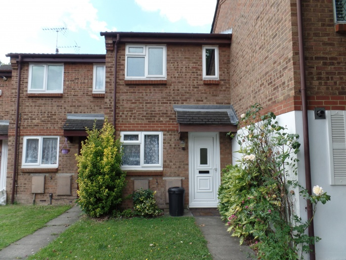 Clivesdale Drive,  Hayes,  UB3 3PX
