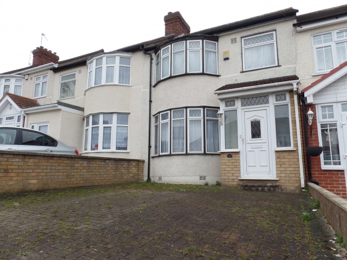 Sunnycroft Road,  Southall,  uB1 2XE