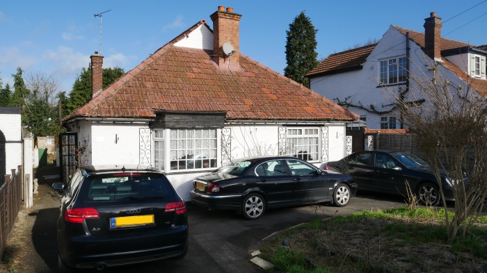 Manor Road,  Manor Road,  Ruislip,  HA4 7LB