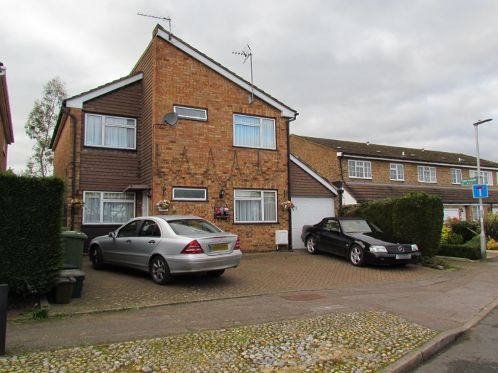 Woodside,  West Cheshunt,