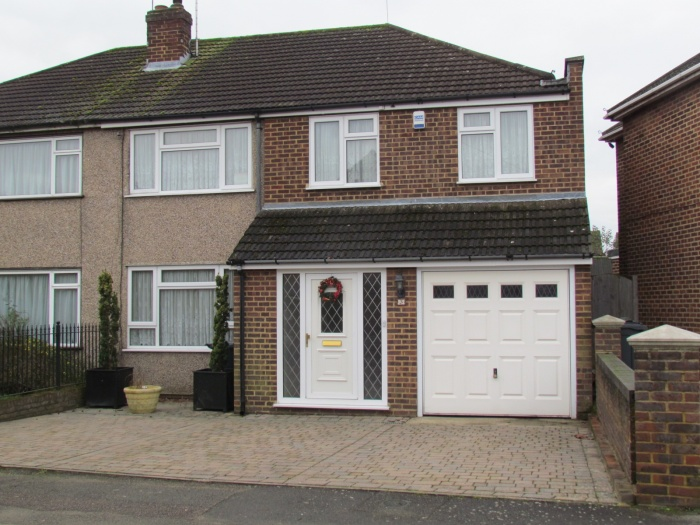 Greenall Close,  Cheshunt,