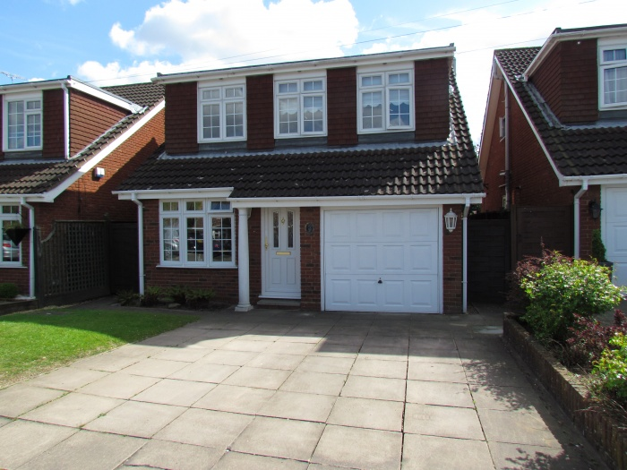Grovedale Close,  Cheshunt,