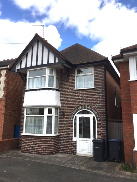 REFURBISHED 3 BED DETACHED HOUSE