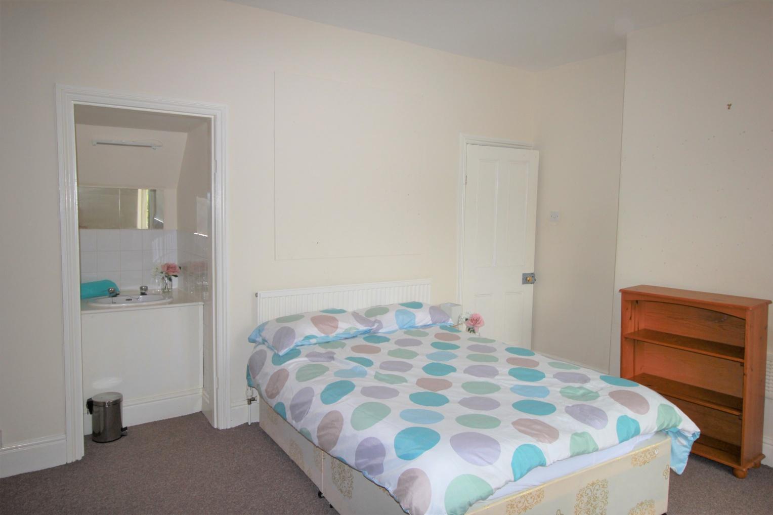37 Clementson Road, Crookesmoor, S10 1GS