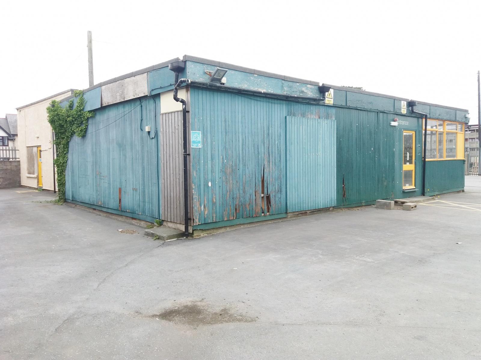 Commercial Premises, Sandilands Road, Tywyn, Gwynedd