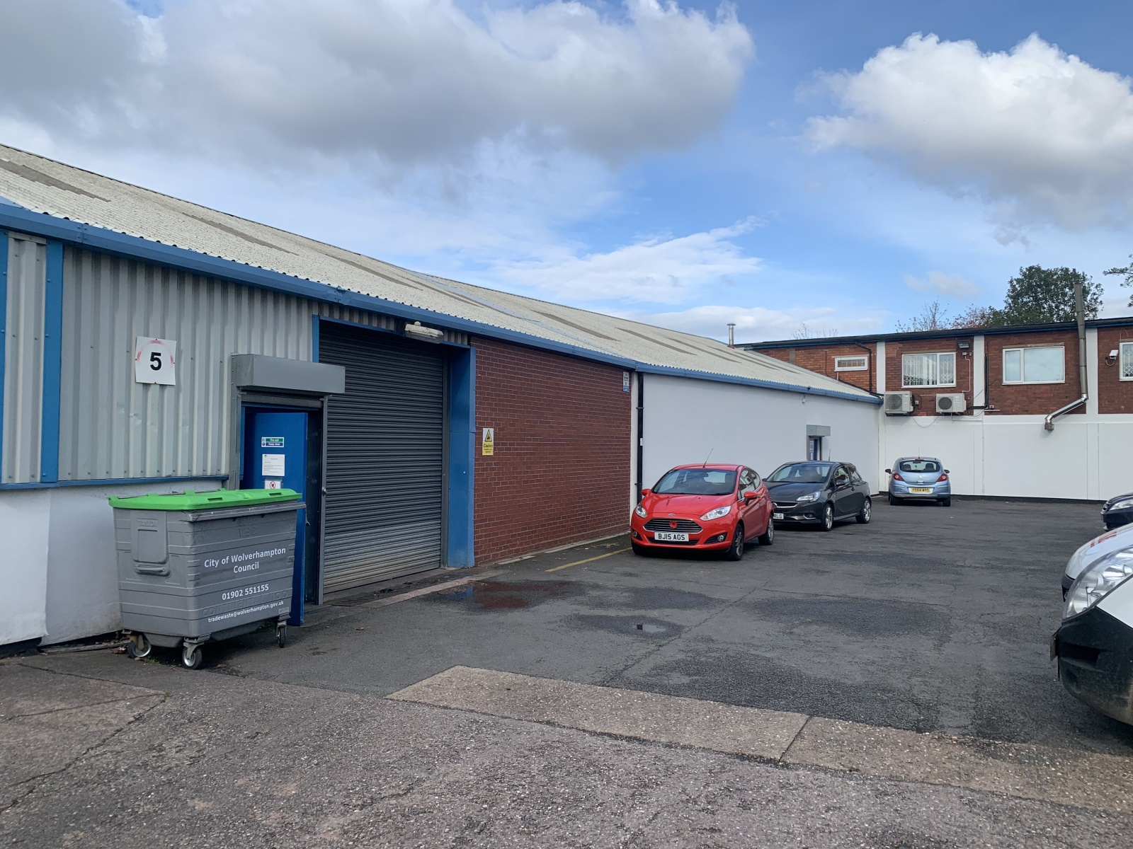 5-13 Reliance Trading Estate, Livingstone Road, Bilston, West Midlands