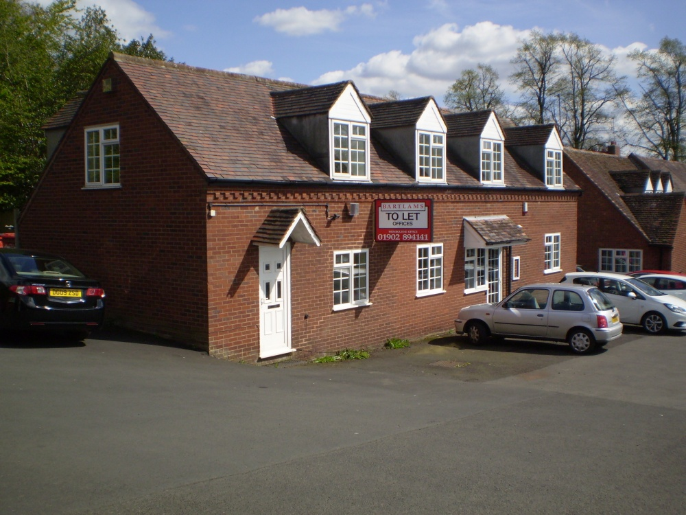 184_Suite 1, The Lodge, Carriers Fold, Wombourne (2).jpg