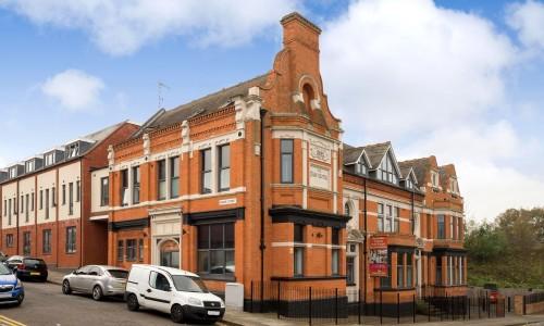 Burns St, Photo 1