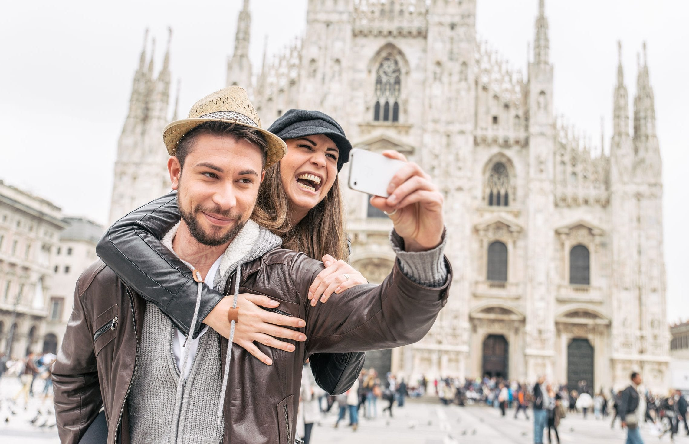 Meets.com is an best free International dating site where you can find traveling your girls online, single.