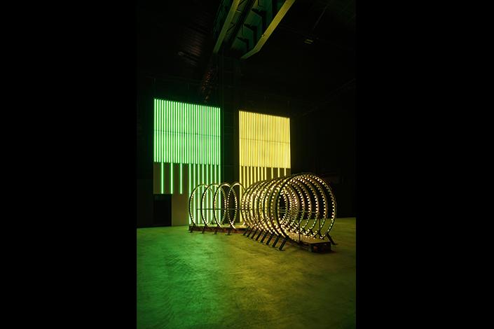 """Carsten Höller, """"Doubt"""", installation view at Pirelli HangarBicocca, Milan. Courtesy of the Artist and Pirelli HangarBicocca, Milan. Photo: © Attilio Maranzano"""
