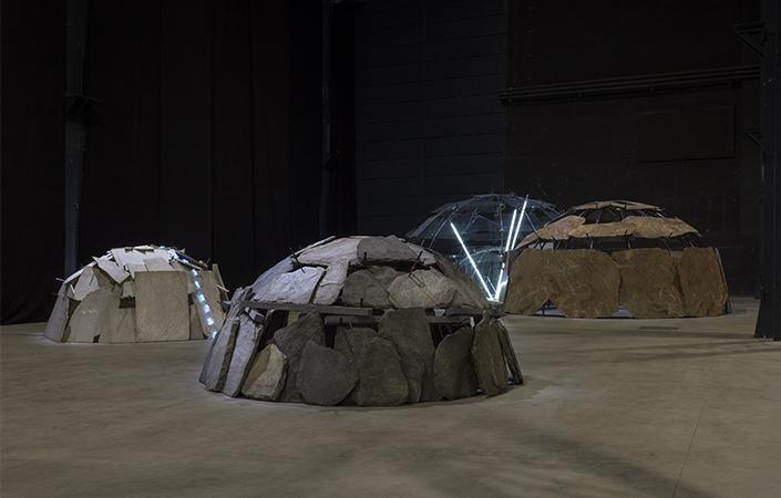 """Mario Merz, """"Igloos"""", veduta della mostra, Pirelli HangarBicocca, Milano, 2018. Courtesy Pirelli HangarBicocca, Milano Foto: Renato Ghiazza © Mario Merz, by SIAE 2018"""