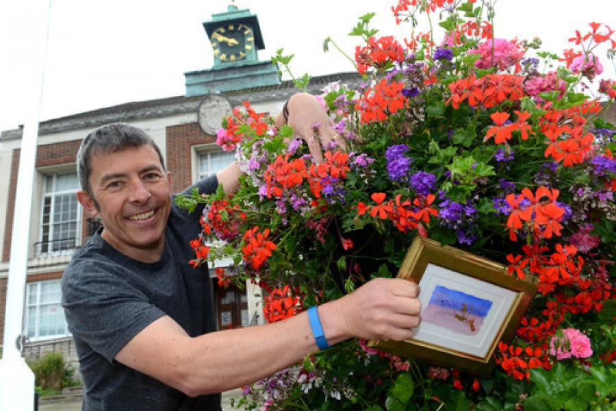 Artist leaving pictures hidden around Sutton for people to find
