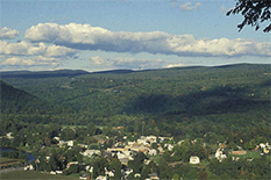 Energy Sustainability Students Advise Small Town in Western Md. on Becoming Grid Independent