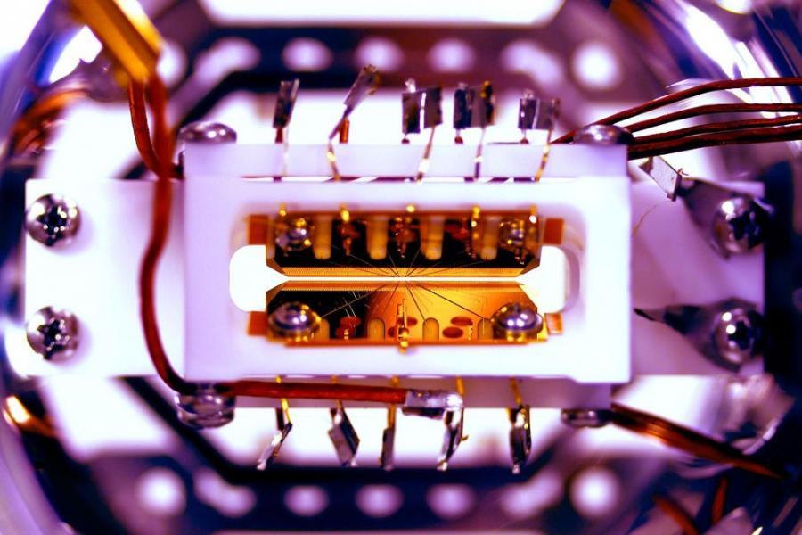 UMD Researchers Just Created a Programmable Quantum Computer