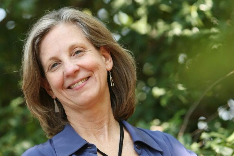 Margaret Palmer receives Sustainability Science Award from Ecological Society of America
