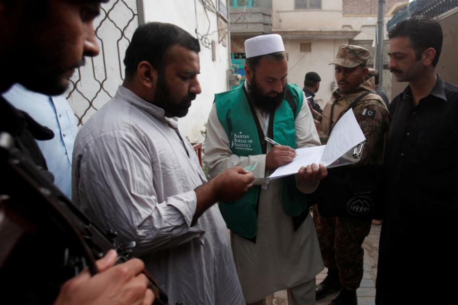 Massive security as Pakistan census begins
