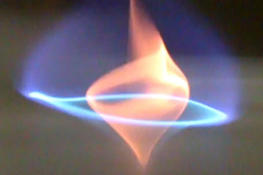 New Form of Fire, Inspired by Bourbon, Might Help With Oil Spills
