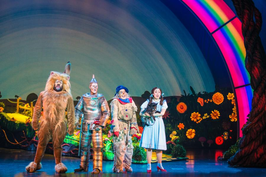 Rockville Woman Returns Home to Play Dorothy in National Theatre`s Wizard of Oz