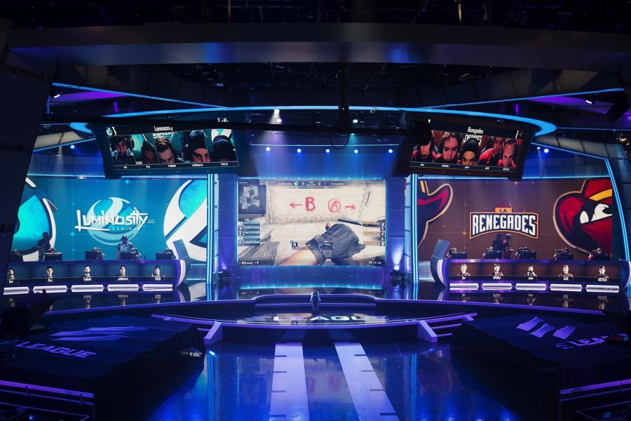 Video Gaming Finding Its Market as Spectator `Sport`
