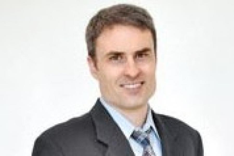 White Named University of Maryland 2016 Faculty Advisor of the Year