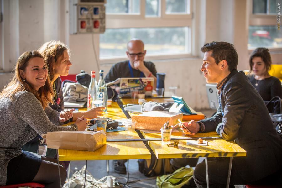 "Write Club ""Deep Work"" - @Work Hubs -"