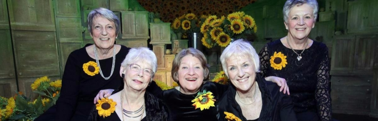 Original Calendar Girls planning photoshoot with naked stars of the muiscal