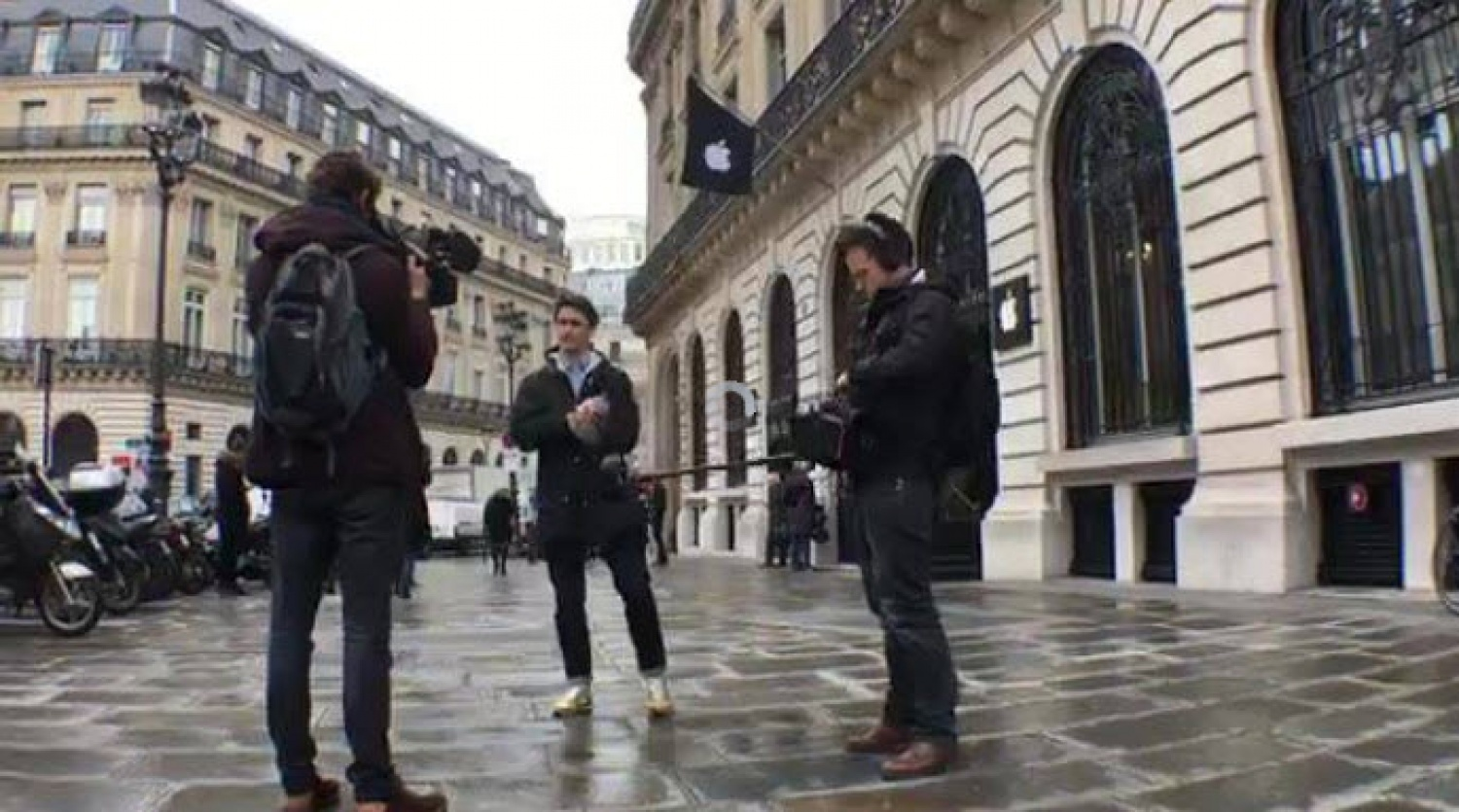 A French journalist is bringing fact checks to millions using Facebook Live
