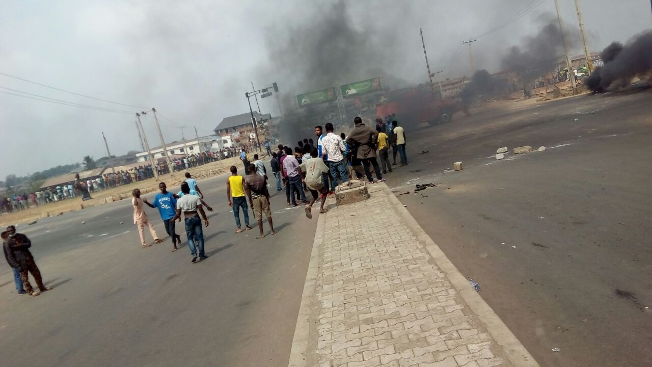 Image result for uniosun-students-protest-shooting-colleagues-police/