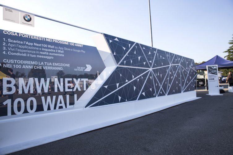 Un viaggio in Augmented Reality nei 100 anni di BMW