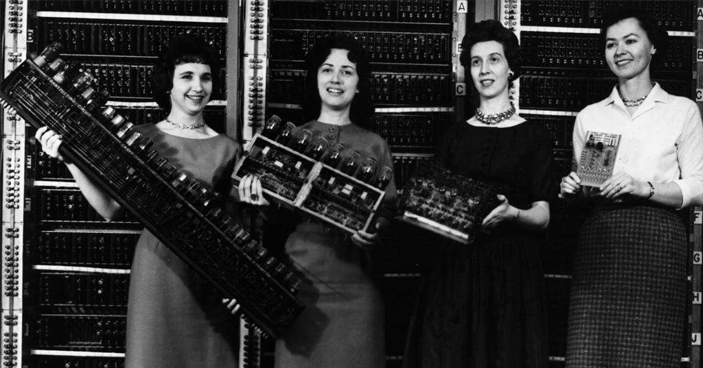 """Le Signore della programmazione, perché prima del successo Nerd c'erano le """"Computer Girl"""""""