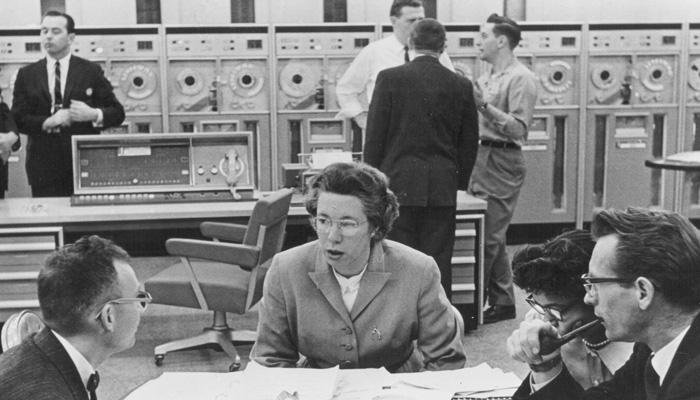 """Le Signore della programmazione, perché prima dei Nerd c'erano soprattutto """"Computer Girl"""""""
