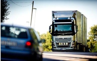 Volvo_moduulirekka2.jpg