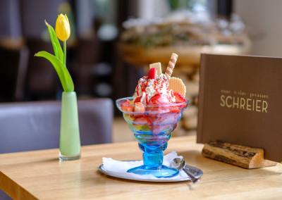 Cafe Schreier - Selbstgemachtes Eis / Eisbecher
