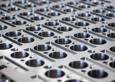 Detailansicht Werkzeug für Spritzmaschine für PET-Caps