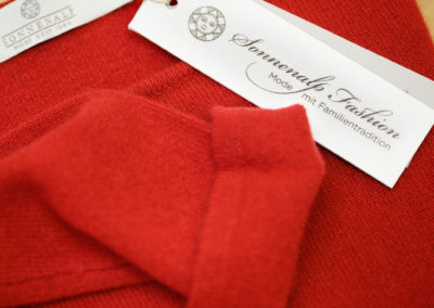 roter_cashmere_pullover_faessler_fashion