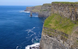 CLIFFS OF MOHER Day Tour from CORK