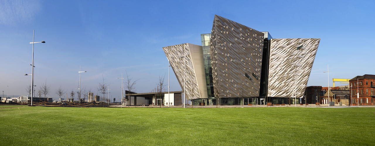 Belfast (including Titanic Experience) Tour from Dublin